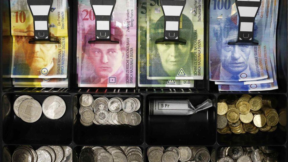 Los españoles acumulan 341 millones de euros en divisas tras sus vacaciones