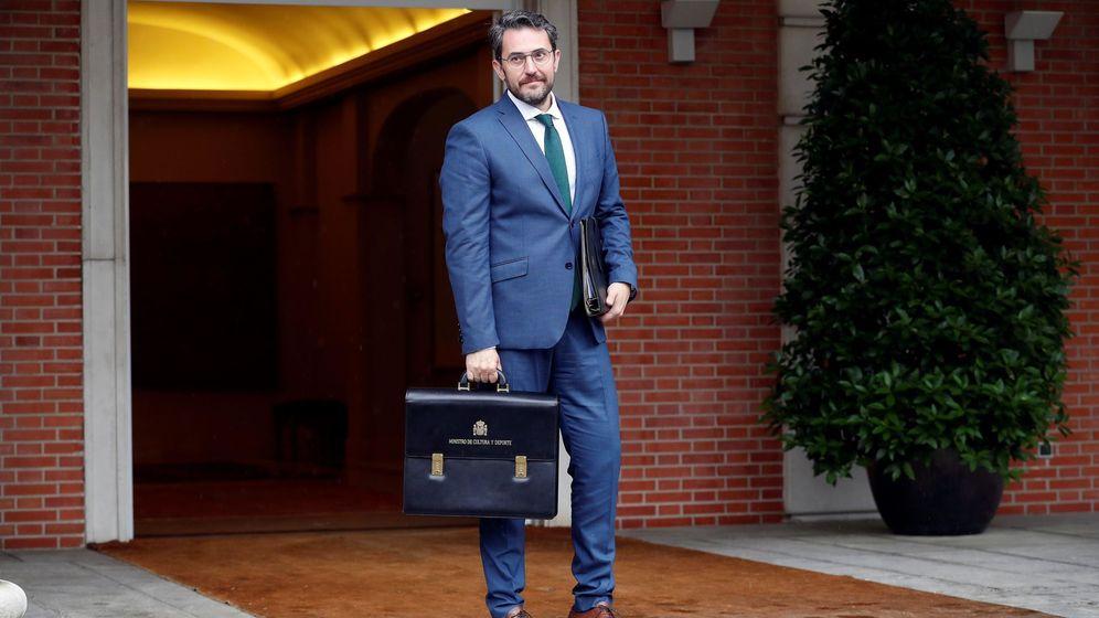 Foto: Màxim Huertas en su primer Consejo de Ministros. (EFE)