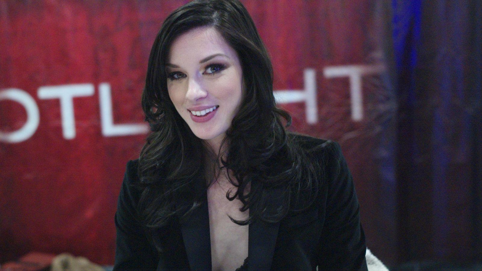 Foto: Stoya, una de las actrices eróticas más populares del momento, en Exxxotica Expo2012. (Corbis/John Ricard)