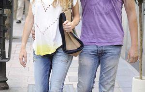 Borja Thyssen y Blanca Cuesta, de compras en la Milla de Oro ante las cámaras de un reality