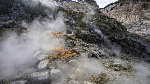Retirada de nieve y posible erupción del supervolcán Campi Flegrei: el día en fotos