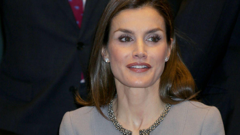 Foto: La Reina entrega el Premio Tomás Francisco Prieto