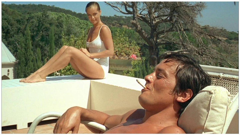 Fotograma de la pareja de intérpretes en 'La piscina' de 1968. (Embassy Films)