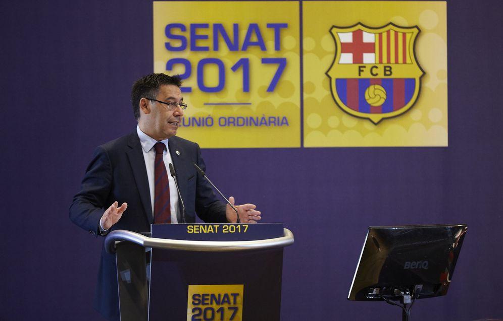 Foto: Josep María Bartomeu durante su intervención ante el Senado del Barcelona. (EFE)