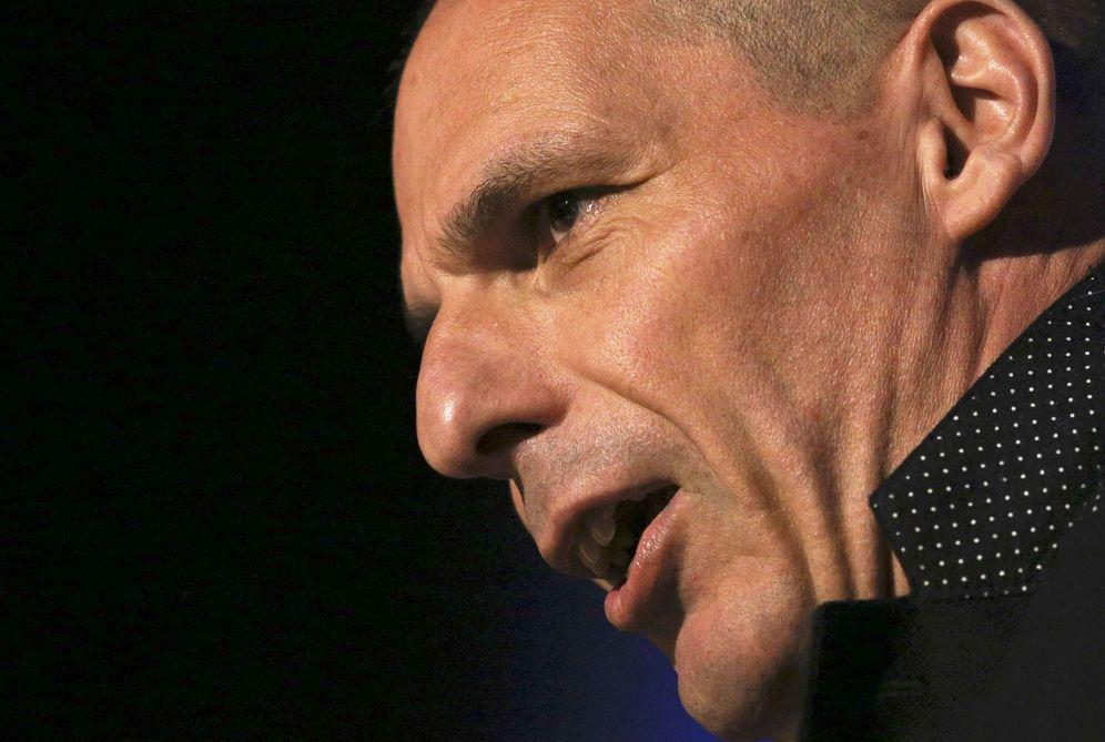 Foto: Yanis Varoufakis habla durante un acto a favor de la permanencia del Reino Unido en la UE, en Londres, el 28 de mayo de 2016 (Reuters)