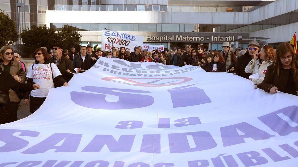 Foto: Manifestación en favor de la sanidad pública en Madrid. (EFE)