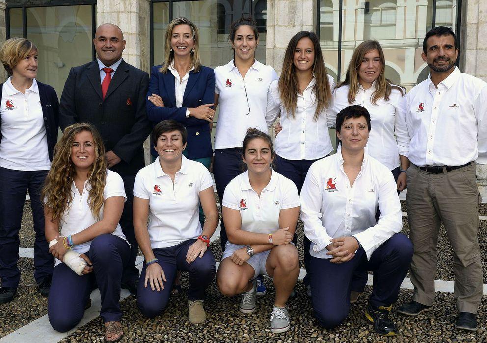 Foto: javier González cancho (c) dimite como presidente de la Federación de Rugby.