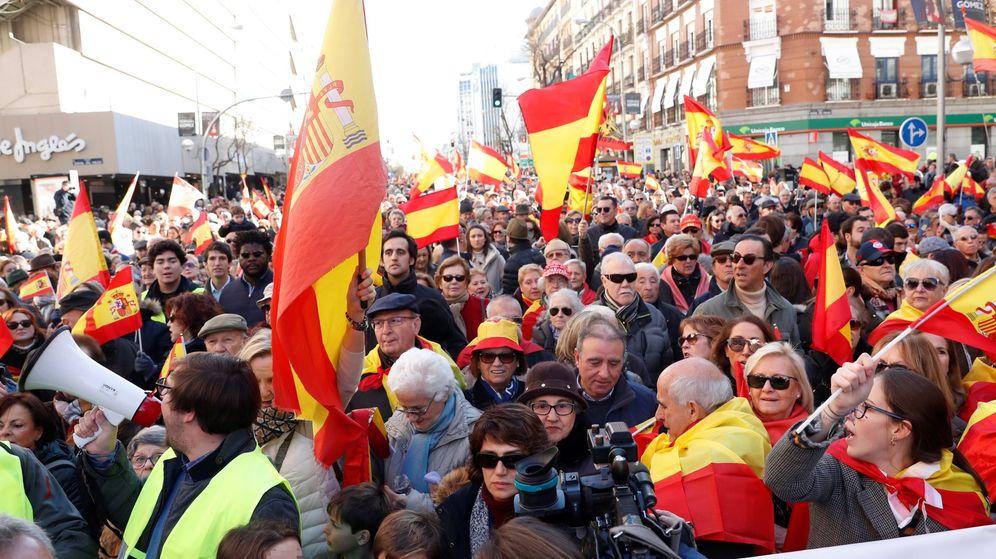 Foto: Participantes en la manifestación celebrada este sábado en Madrid por la unidad de España. (EFE)
