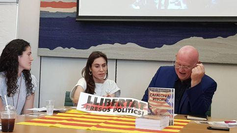 Los familiares de los presos políticos catalanes buscan aliados en Westminster