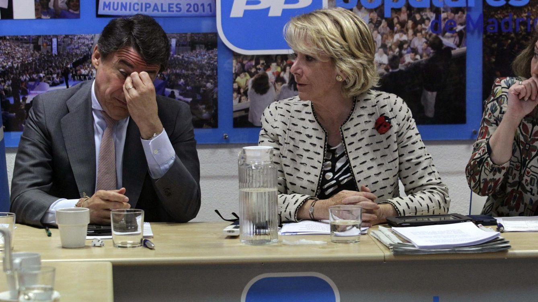 Foto: La presidenta del PP de Madrid, Esperanza Aguirre, junto al presidente de la Comunidad, Ignacio González. (EFE)