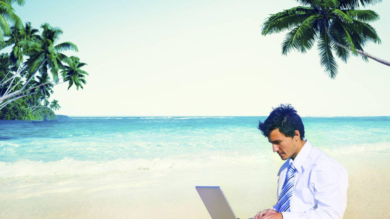 Foto: ¿Y pedir teletrabajo en lugar de vacaciones? (iStock)