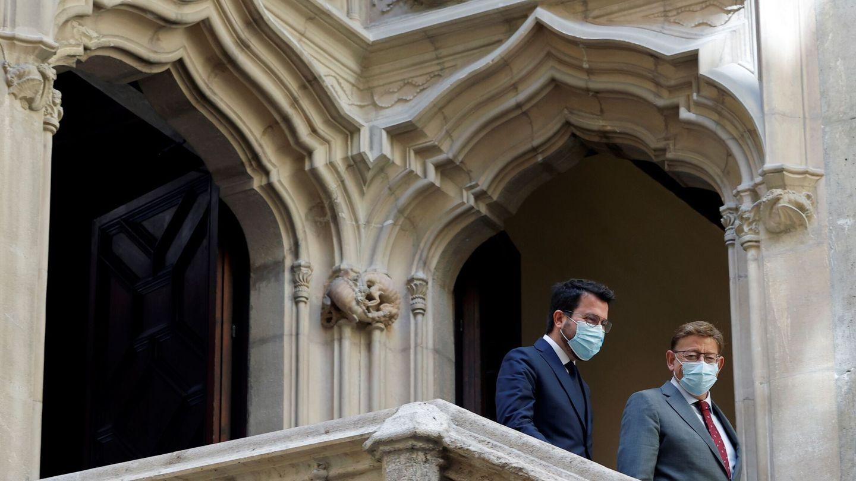 Pere Aragonès y Ximo Puig, en el Palau de la Generalitat en Valencia. (EFE)