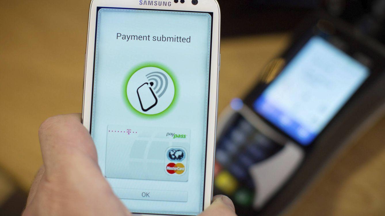 Foto: El pago móvil es una de las tendencias tecnológicas que luchan por quitarle nicho de mercado al negocio bancario. Foto: EFE.