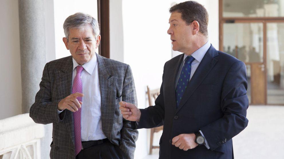 Los críticos de Sánchez, desconcertados y sin plan para salir de la parálisis