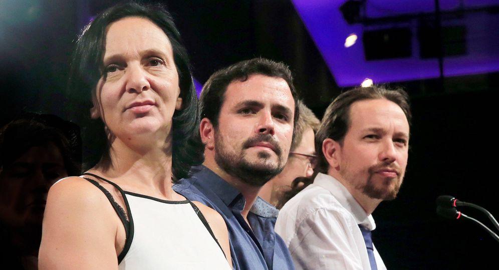 Foto: Carolina Bescansa, Alberto Garzón y Pablo Iglesias. (Reuters)