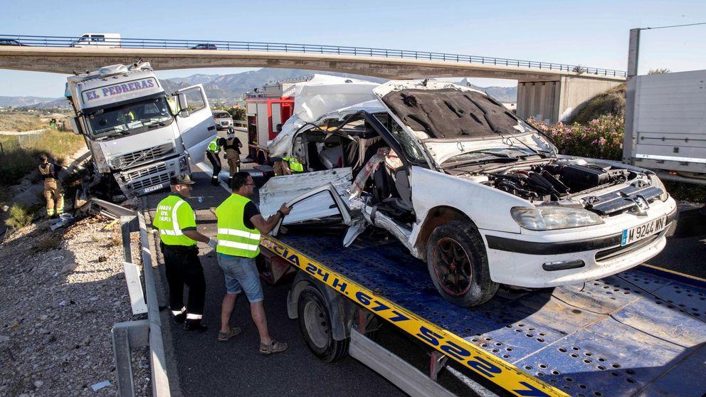 Dos muertos y seis heridos en un accidente de tráfico en Cieza (Murcia)