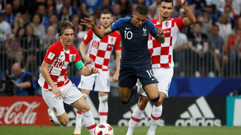 Los futbolistas avisan de que no aceptarán la exclusión de las selecciones nacionales