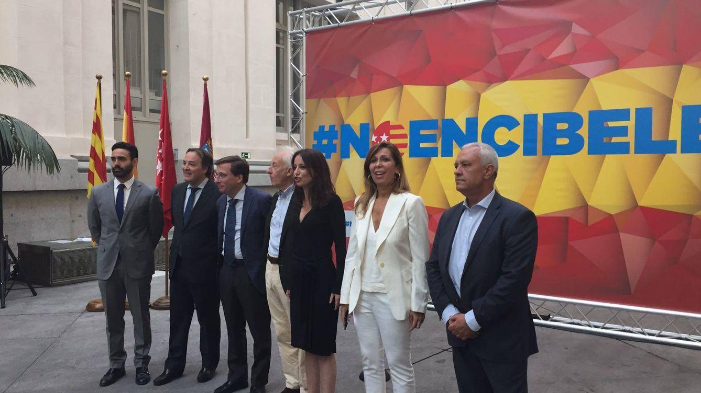 PP intenta frenar el acto de Puigdemont en Cibeles: Carmena le pone la alfombra roja