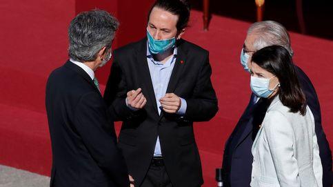Del corrillo Iglesias-Lesmes a los saludos a Felipe VI: los momentos clave del 12-0