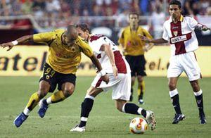 Un estelar Navas conduce al Sevilla hacia la Liga de Campeones