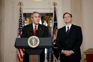 Bush elige a un juez conservador a ultranza para el Tribunal Supremo