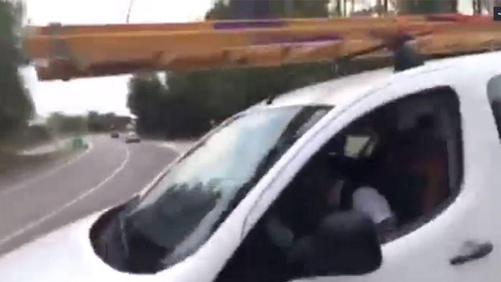 Un conductor borracho se queda dormido en un stop de una nacional