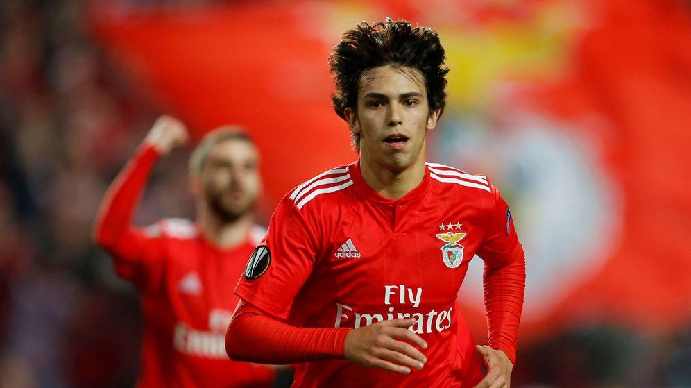 Foto: Joao Felix celebra un gol con el Benfica en la pasada Europa League. (Reuters)