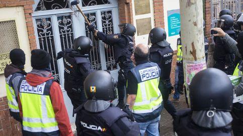 Directo |  Mando de la PN: Nos golpeaban con las urnas y nos lanzaban vallas