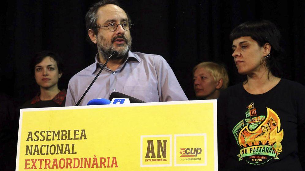 Foto: Antonio Baños, hasta ahora presidente de la CUP, ha renunciado a su acta de diputado. (EFE)