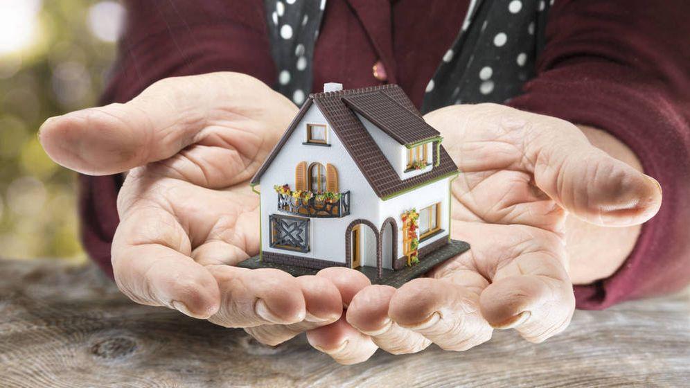 Foto: ¿Cómo se debe comprar un piso en pareja para evitar problemas en el futuro? (iStock)