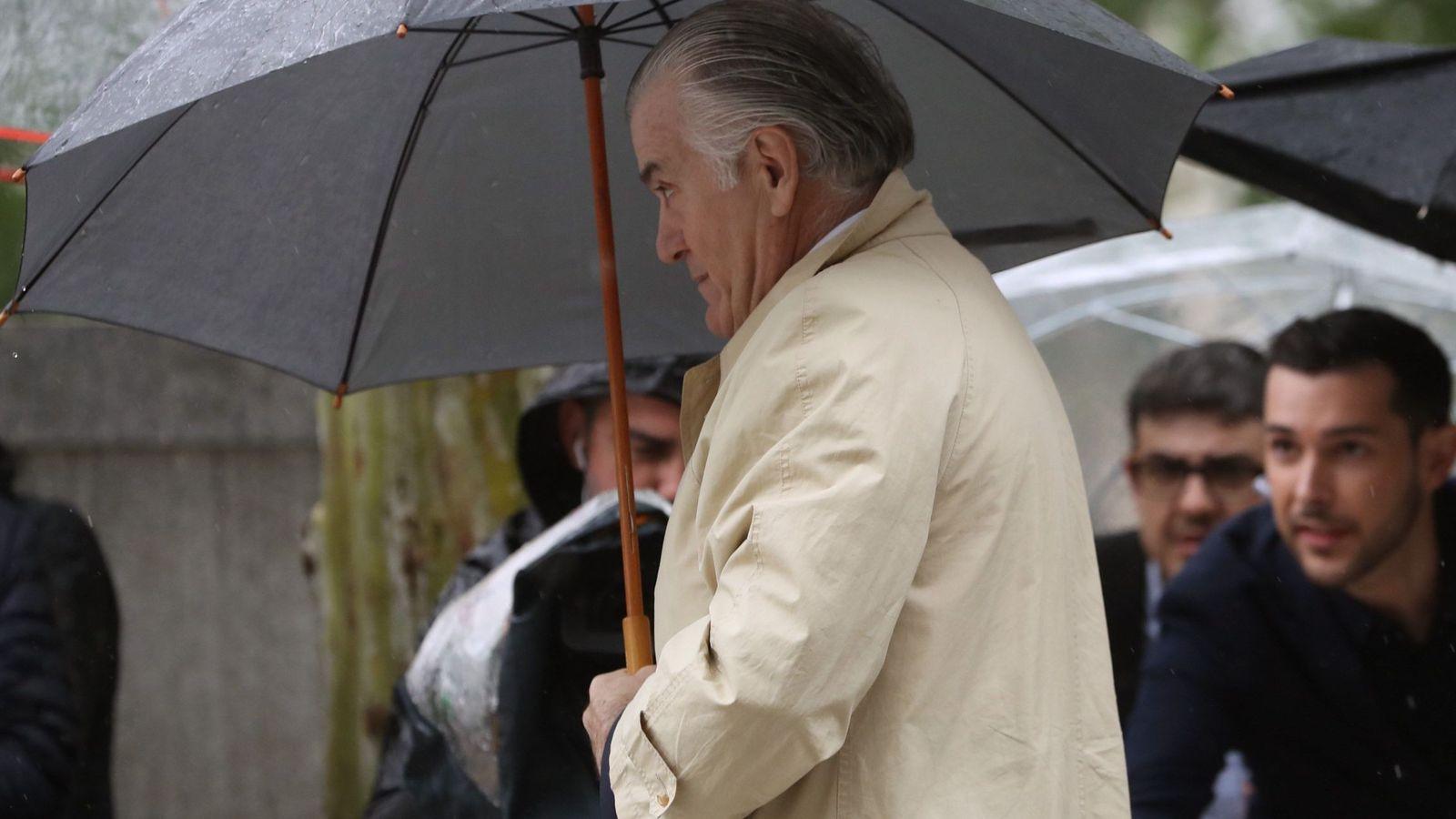 Foto: Imagen de archivo del extesorero del PP Luis Bárcenas llegando a la Audiencia Nacional. (EFE)
