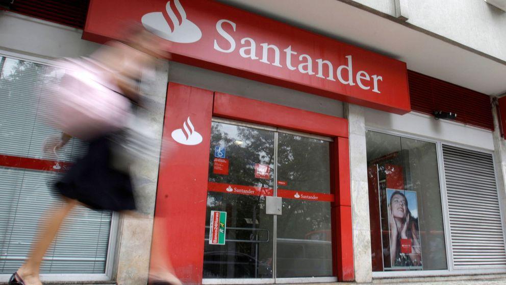 Horas extra y objetivos del año logrados: Santander y Bankia se ponen las botas
