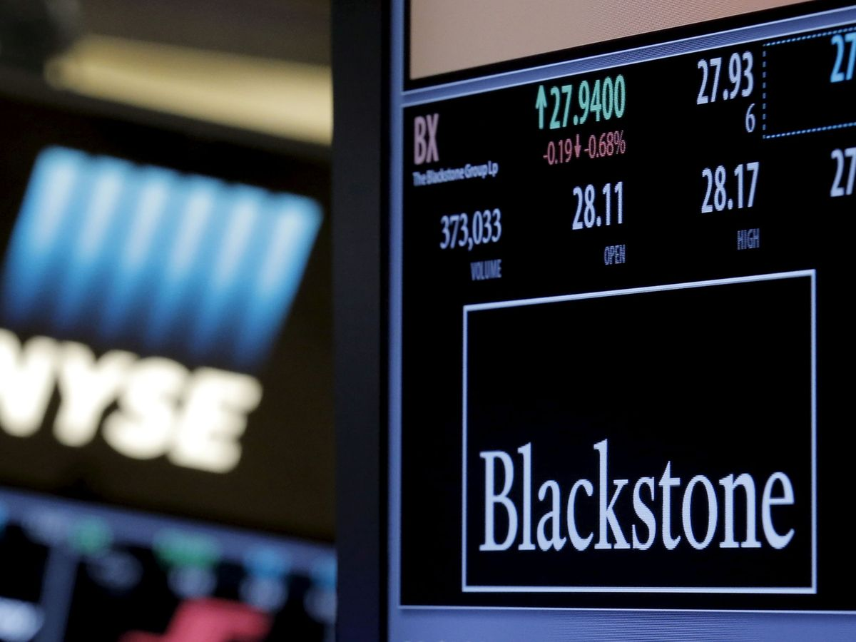Foto: Logo de Blackstone en la Bolsa de Nueva York. (Reuters)