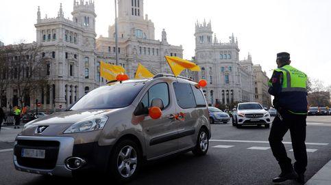 Cientos de ciudadanos vuelven a protestar desde sus coches contra la ley Celaá