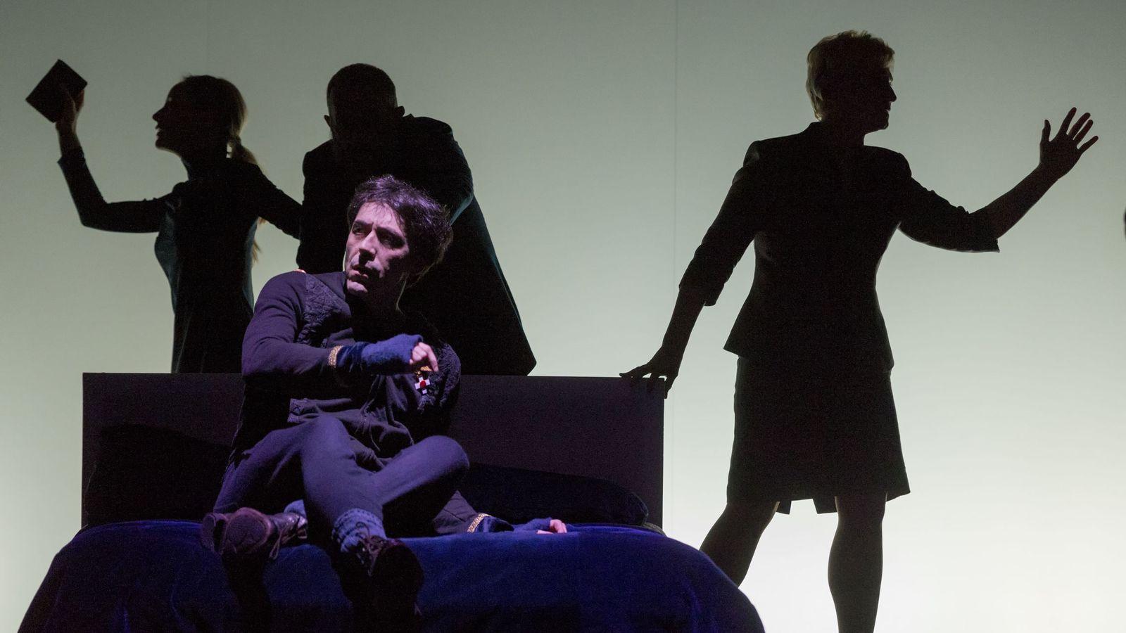 Foto: Israel Elejalde protagoniza el 'Hamlet' de Miguel del Arco (Alberto Nevado)