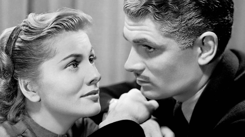 Joan Fontaine y Laurence Olivier, en un fotograma de 'Rebeca'. (Cordon Press)