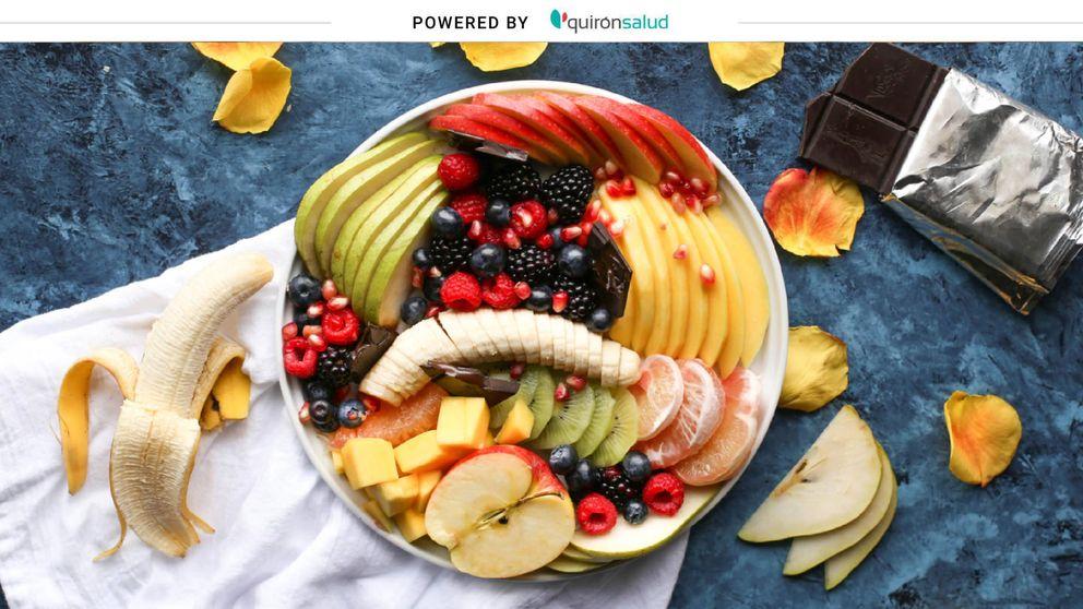 Mitos sobre la fruta: ni adelgaza ni engorda más por la noche
