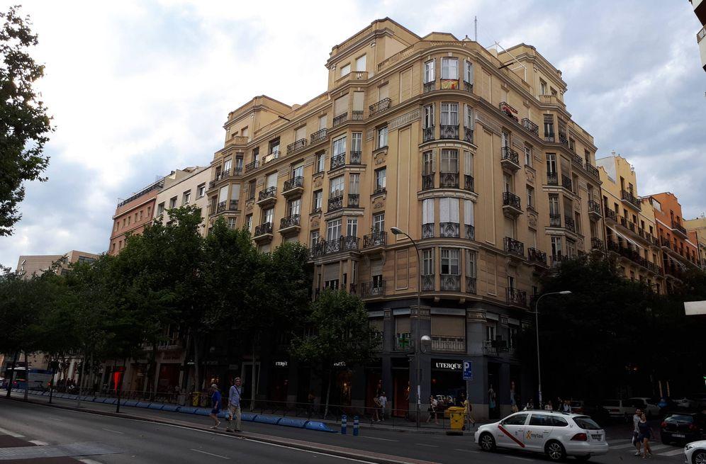 Foto: Un edificio de órdenes religiosas en el centro de Madrid con locales alquilados. (R. M.)