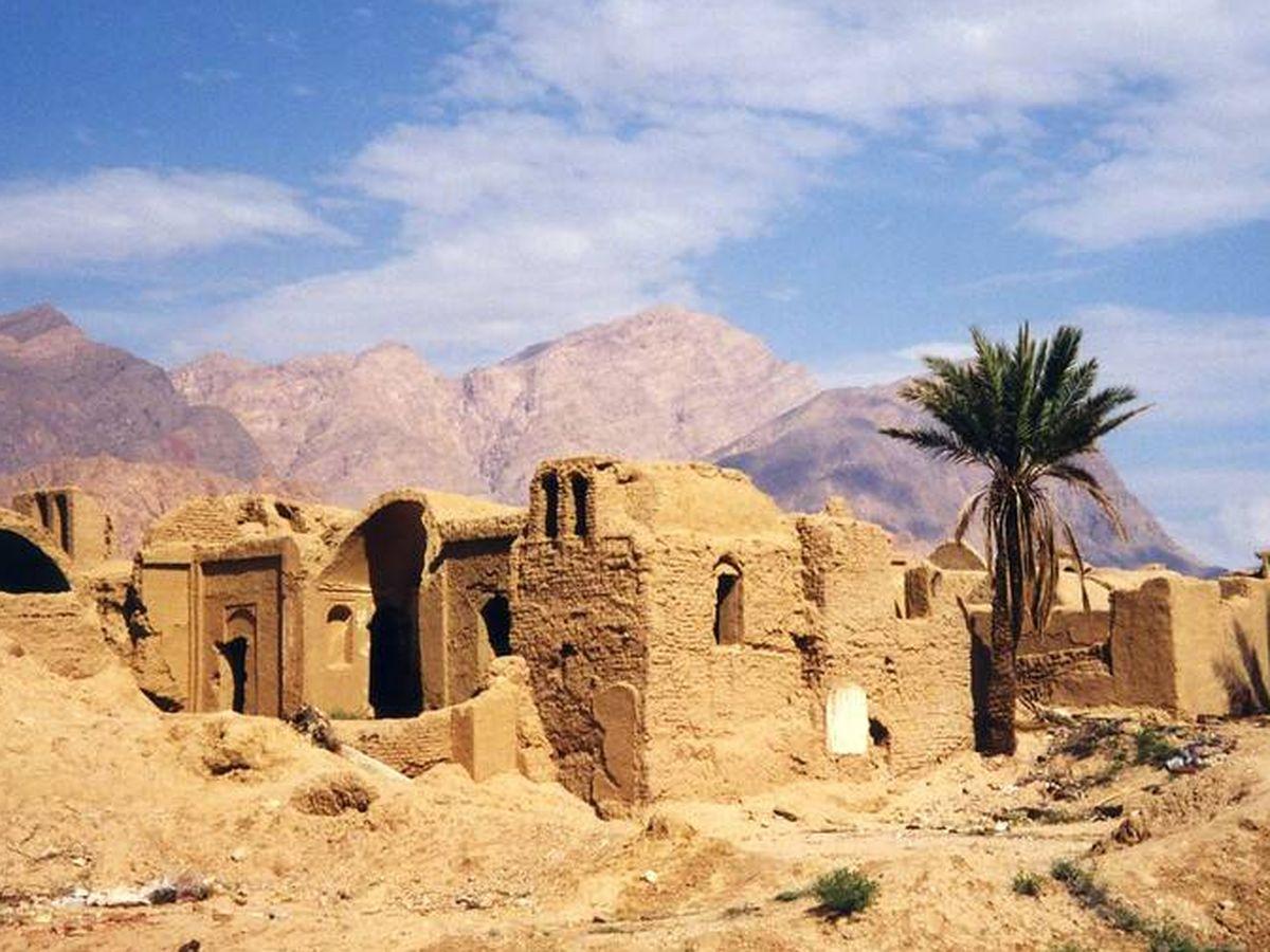 Foto: Casas abandonadas en el desierto iraní.