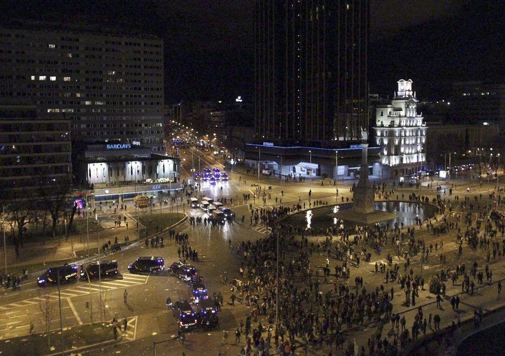 Foto: Panorámica de los disturbios que tuvieron lugar el sábado en Madrid tras las marchas del 22-M (EFE)