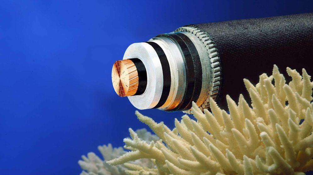 Foto: Cómo internet consigue cruzar océanos a 8.000 metros de profundidad