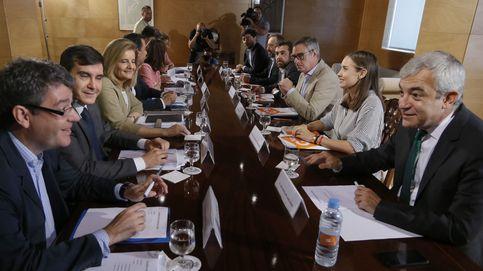 PP y C's valoran cerrar su pacto el jueves para dar margen al PSOE a moverse