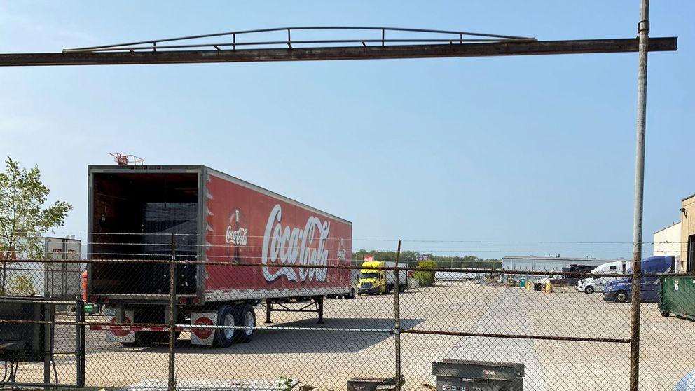 Coca-Cola cierra su planta de Málaga y concentra su producción en Sevilla