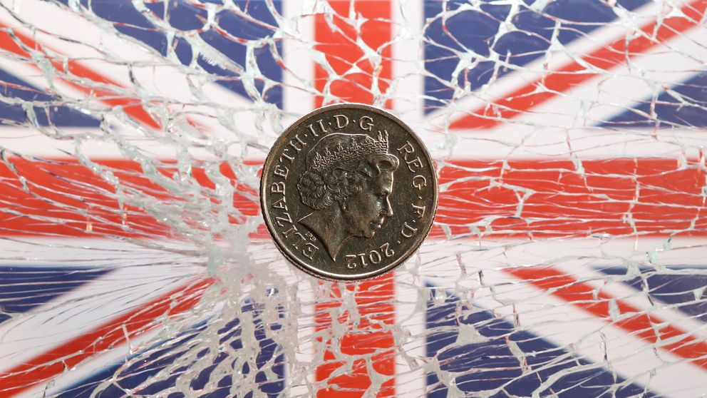 Goldman 'contrarian': augura un gran final para el Brexit y apuesta por la libra