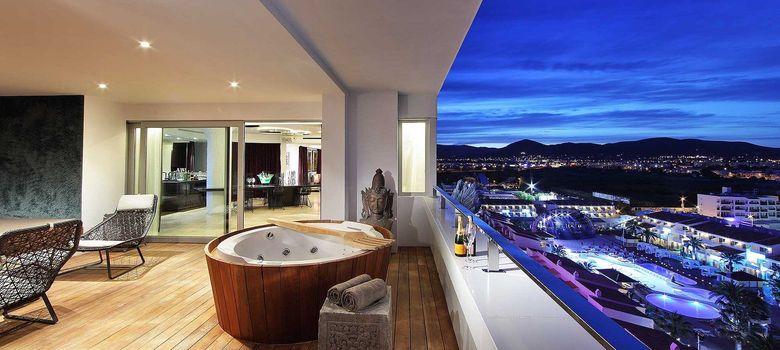 Foto: Ibiza, donde el dinero atrae al dinero