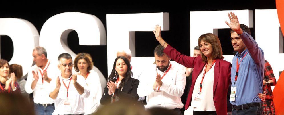 Foto: Pedro Sánchez, con la reelegida secretaria general del PSE, Idoia Mendia, el pasado 30 de septiembre en Bilbao, en el VIII Congreso. (EFE)