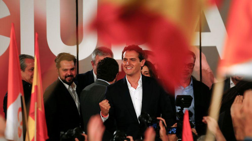 Foto: El líder de Ciudadanos, Albert Rivera, celebra los resultados de las elecciones generales. (Reuters)