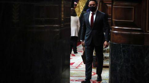 Vox logra agitar al PP y fortalecer los apoyos de Sánchez