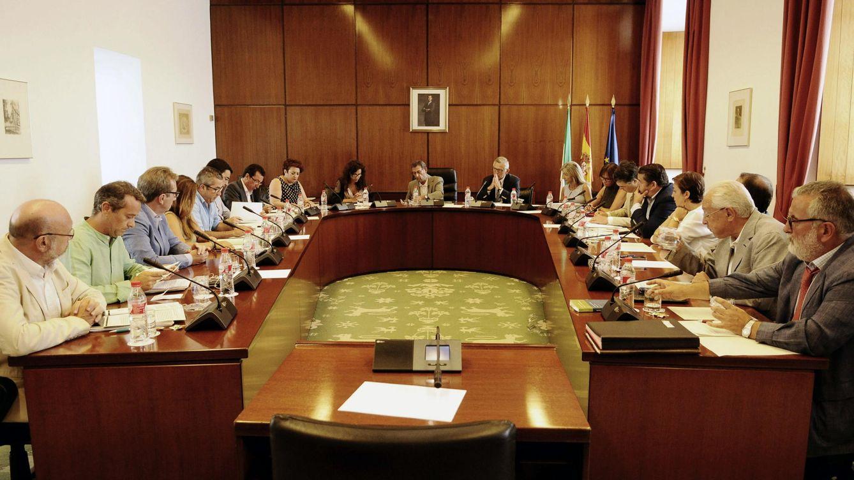 El TC admite el recurso del PSOE-A sobre la Diputación Permanente durante la alarma