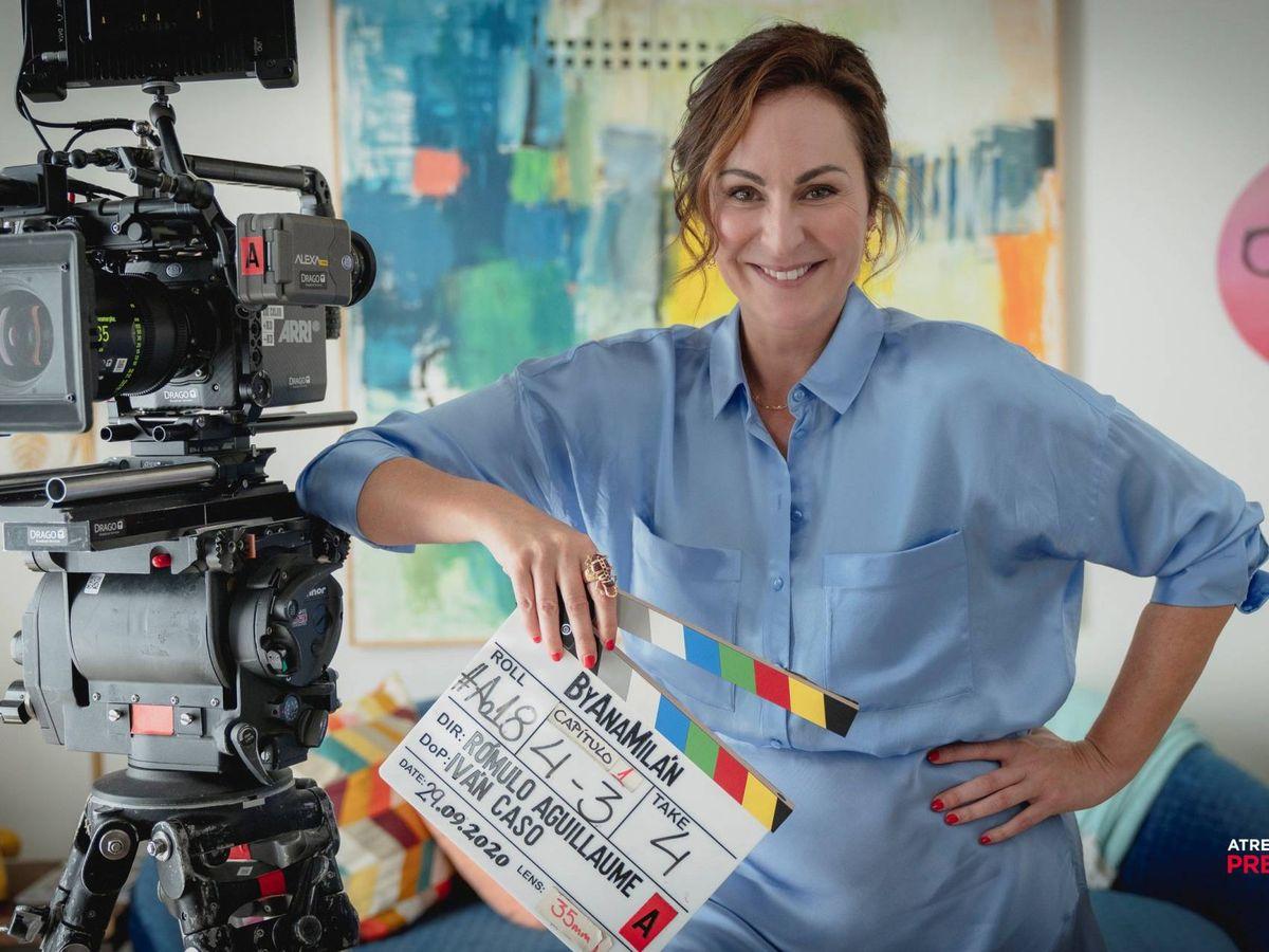 Foto: La actriz Ana Milán durante el rodaje de su serie. (Atresmedia)